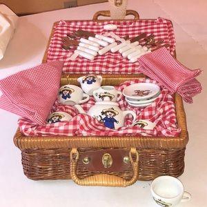 Madeline Other - Madeline's picnic basket